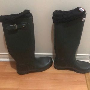 Hunter Rain Boots Dark Green UK7/US9 with Socks